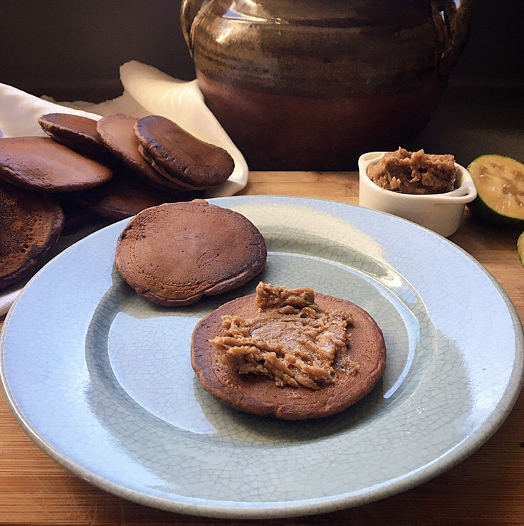 Chocolate pikelets with spiced honey butter